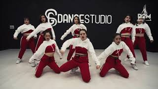 Hello Bitches - CL ( dance cover ) D2M Dance Crew