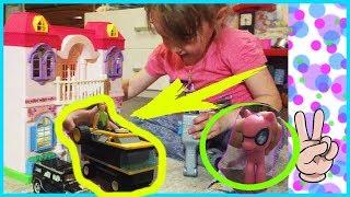 Stacy plays doll toy house video for children LEGO Тася играет в домик для игрушек, видео для детей