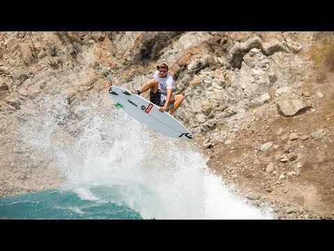 Deane Scores Barrels in Mexico