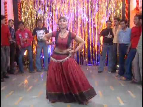 Aara Hile Chhapra Hile   Hot Item Song...