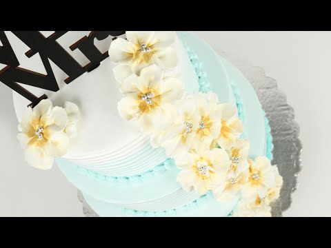 floral-wedding-cake-with-whipped-cream-|-beach-style-wedding-cake-tutorial