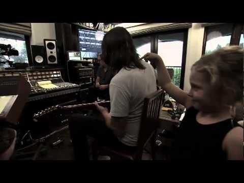 Foo Fighters  Back And Forth - Trailer (áudio original)