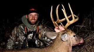 Bow Hunting Deer - 2 MATURE MICHIGAN BUCKS - 2014 Michigan Solitude