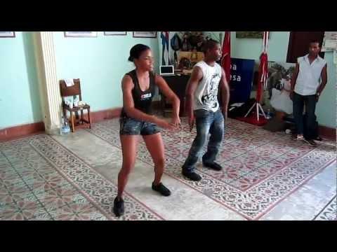 Reggaeton Workshop with Casino.Com in Santiago de Cuba