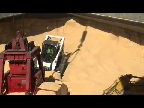Bobcat T870  Ship Trimming Soya Oct 2013you tube DownloadDownload