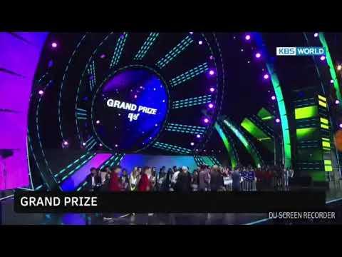 BTS entrega Gran Premio en KPOP WORLD FESTIVAL