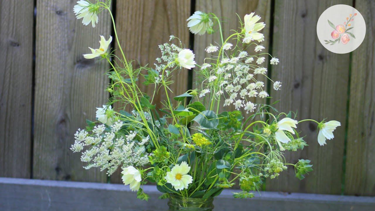 Fresh Flower Arrangement: Wildflower-Inspired Cosmos & Fillers ...