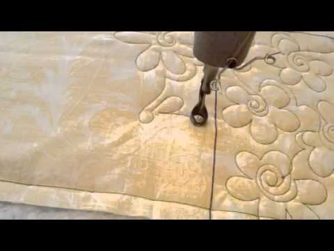 Free Motion Machine Quilting A Flower Design Youtube