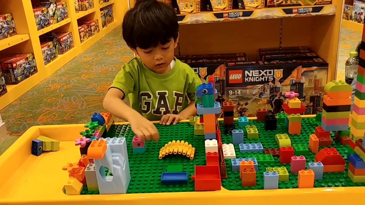 MAINAN ANAK   MAIN LEGO DI PLAZA SENAYAN - YouTube