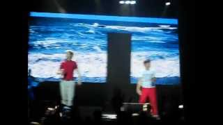 One Direction singing Na Na Na May 28th 2012 Camden New Jersey