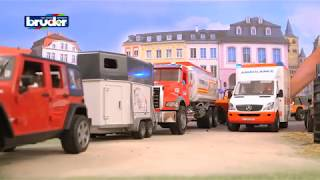Bruder Toys MB Sprinter Ambulance w/ Driver #02536