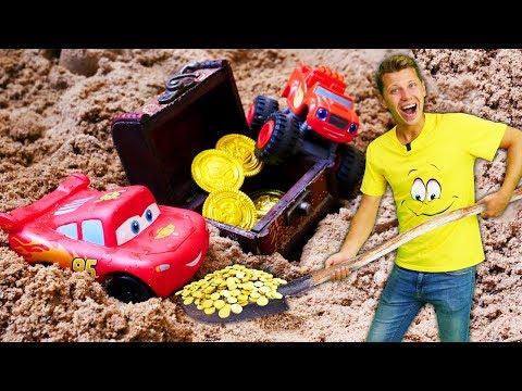 Видео для детей Веселая школа про машинки. Маквин, Вспыш и Поли случайно находят клад!