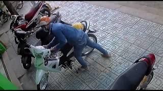 trộm xe máy nhanh như điện - tổng hợp những clip trộm xe máy 2016 - chúng ta phải cẩn thận !@