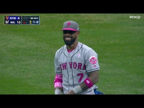 NYM@MIL: Reyes makes first appearance in center field