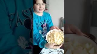 Варю суп с пельменями