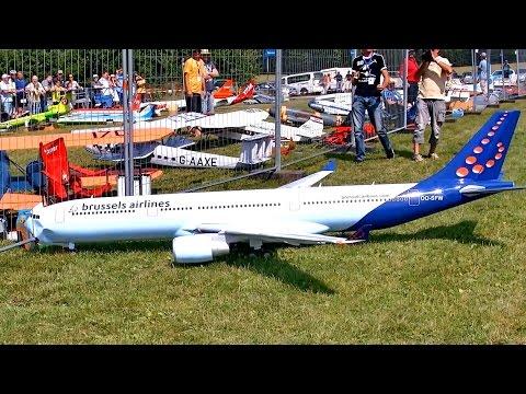 AIRBUS A330-200 GIGANTIC RC AIRLINER MODEL CRASH & REPAIR & FLIGHT / RC Airliner Airshow 2015
