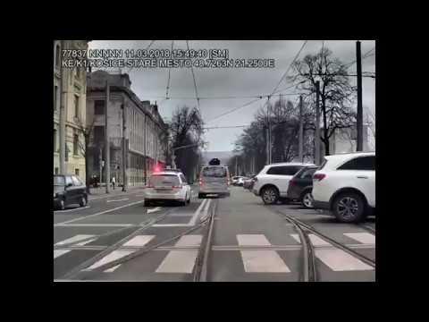 Zbesilá naháňačka v uliciach Košíc. Zdroj: FB Polícia SR