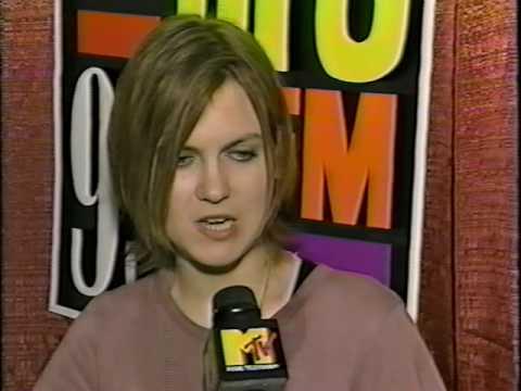Juliana Hatfield - Interview (1995)(HQ)