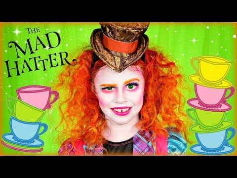 Alice in Wonderland Mad Hatter Makeup and Costume