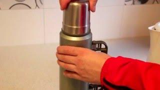 видео Как очистить термос из нержавейки внутри от грязи и запаха
