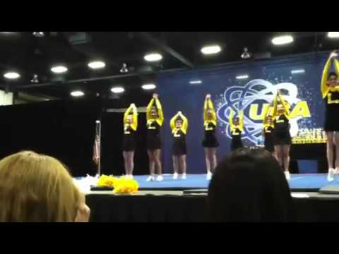 Lincoln Middle School Cheer Squad: 3-17-12