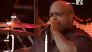 Gnarls Barkley - A Little Better (Live Roskilde 2008)