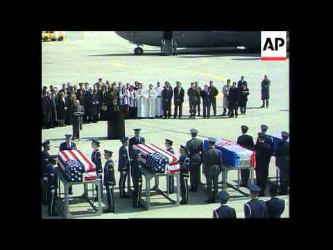Croatia-Body Of US Comm.Sec Ron Brown Flown Home