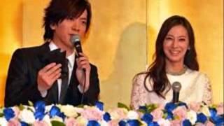 きょう婚姻届を提出し、結婚を発表した女優の北川景子(29)と歌手でタ...