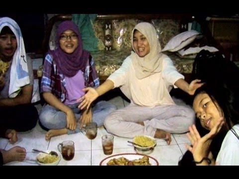 Fatin Buka Puasa Bersama Sahabatnya -  Intens 13 Juli  2013
