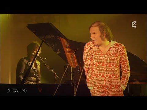 Alcaline, le Mag : Philippe Katerine - La banane en live