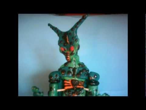 Dragon ball figuras de for Portefeuille dragon ball z
