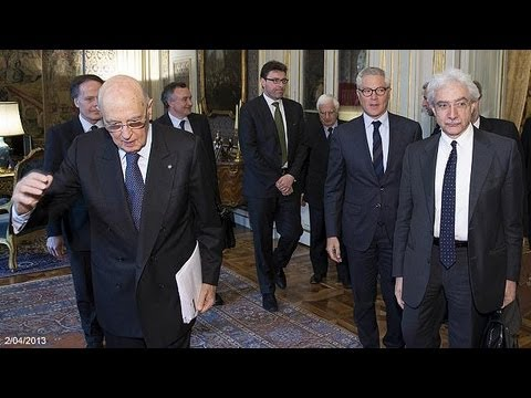 """Italy: Napolitano holds first meeting with """"wise men"""""""