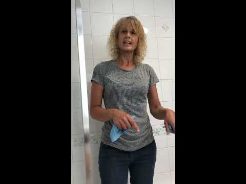 How to get shiny , streak free bathroom tiles using these easy bathroom cleaning tips