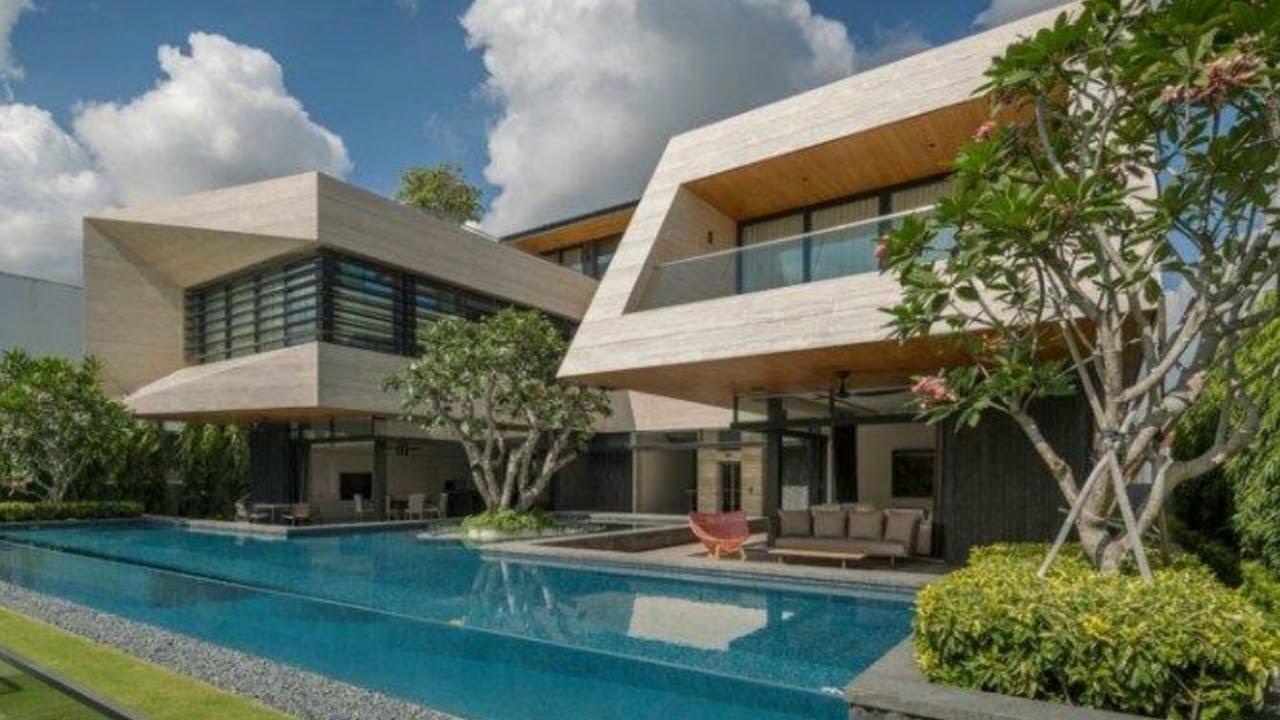 La Piscine Super Moderne Et Les Baies Vitrees Coulissantes D Une Maison D Architecte A Singapour Youtube