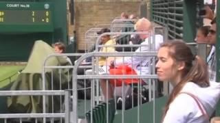 видео Теннисистка Мария Шарапова, одержавшая победу в 1-м матче после дисквалификации