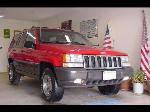 94-04 Jeep Grand Cherokee Radiator and V8 Water Pump Replacement