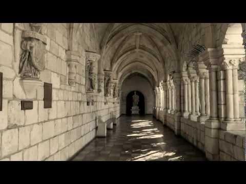 MONASTÈRE ESPAGNOL DU XIIe SIÈCLE À- MIAMI- ANCIENT SPANISH MONASTERY