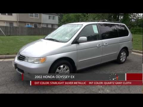2002 Honda Odyssey EX - Walkaround, Review, and Test Drive.