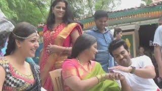 Govindudu andarivadele movie, gulabi kallu rendu song making co- starring kajal aggarwal, srikanth, prakash raj, jayasudha, rajkiran, naga babu and kamalinee...