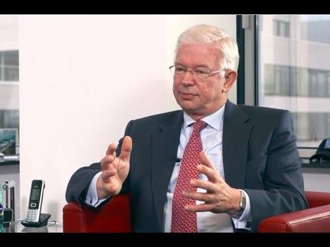 Interview Roland Koch: Die Globalisierung wird neu verhandelt