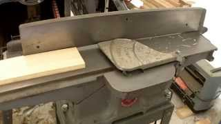 """Simple Dust Collection For A Rockwell 4"""" Jointer"""
