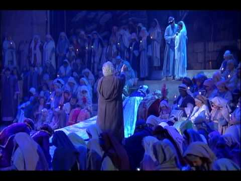 Christian actor Mac McConnell narrates the birth in Fort Lauderdale Christmas Pageant