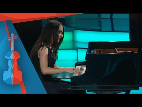Virtuózok 2014 | Finálé | Gyöngyösi Ivett (21) zongora | Liszt: Esz dúr zongoraverseny (részlet)