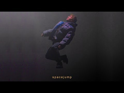 BEGE - SPACEJUMP (OFFICIAL VIDEO)