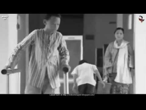 Iklan Merdeka 2005 PETRONAS - Kasut Teristimewa (Special Shoes)