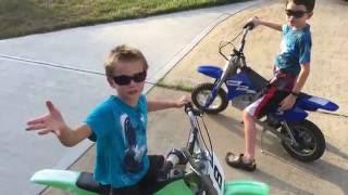 Razor MX350 and MX400 Electric Dirt Bike Free Riding and Stunts