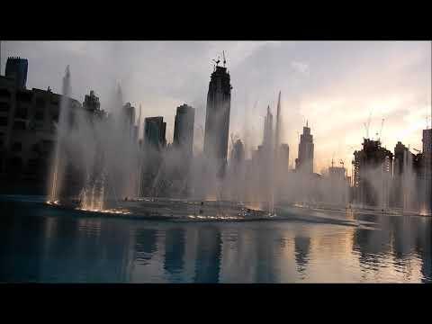 نافورة دبي تتراقص على أنغام أغنية بيبي شارك الشهيرة