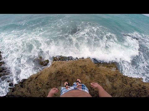 Walking Puerto Rico's Shoreline [HD Best in 1080P]