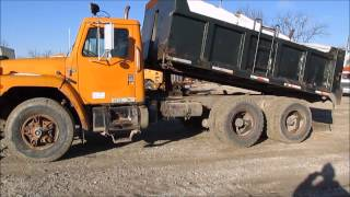 1985 International F1954 dump truck for sale | sold at auction December 18, 2014