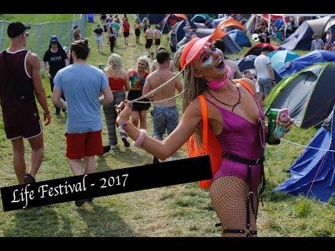 LIFE FESTIVAL 2017 | FIRST TIME VLOGGIN